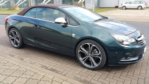 Checkers Opel CASCADA